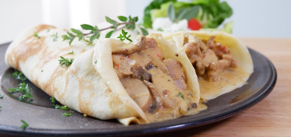 CHICKEN & MUSHROOM CURRY CREPES