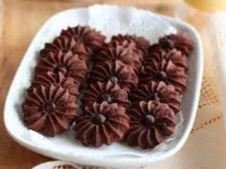 Kue Semprit Kering Coklat Bunga